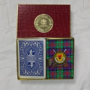 Waddigtons fine plastic playing cards